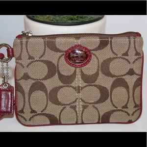 Coach Wristlet: Like New Condition
